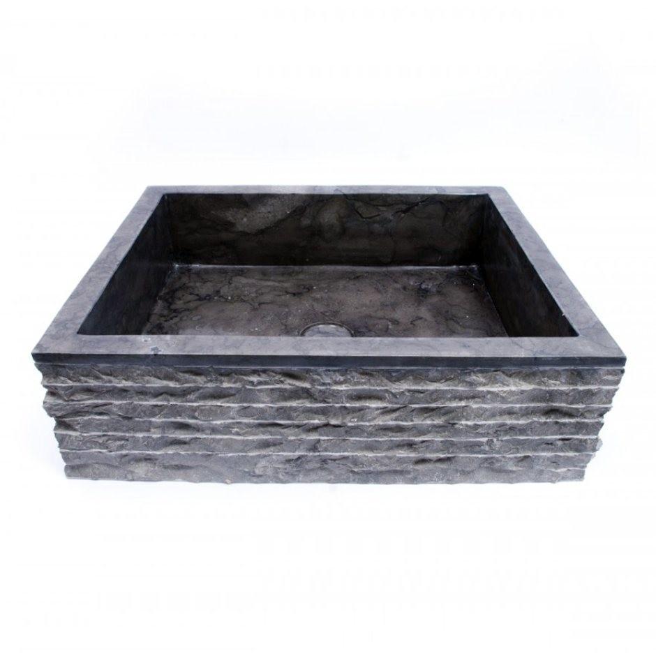 Juoda akmeninė vonios kriauklė